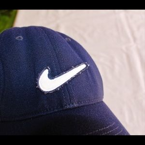 NIKE navy embroidered logo cap
